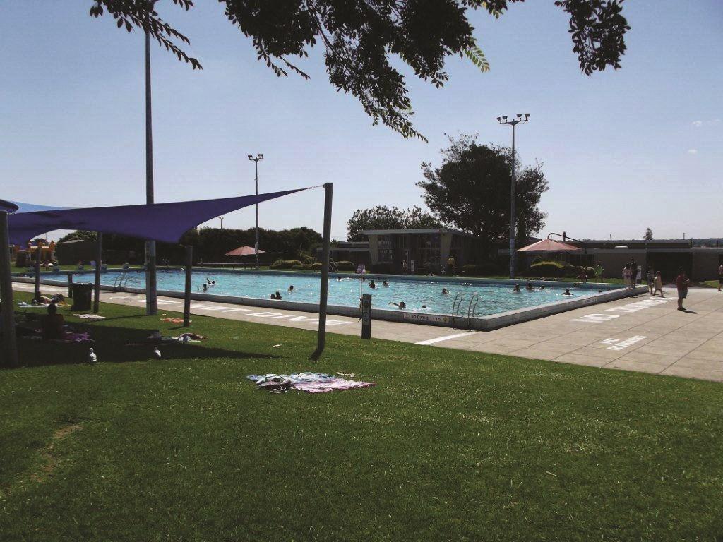 Doveton outdoor pool