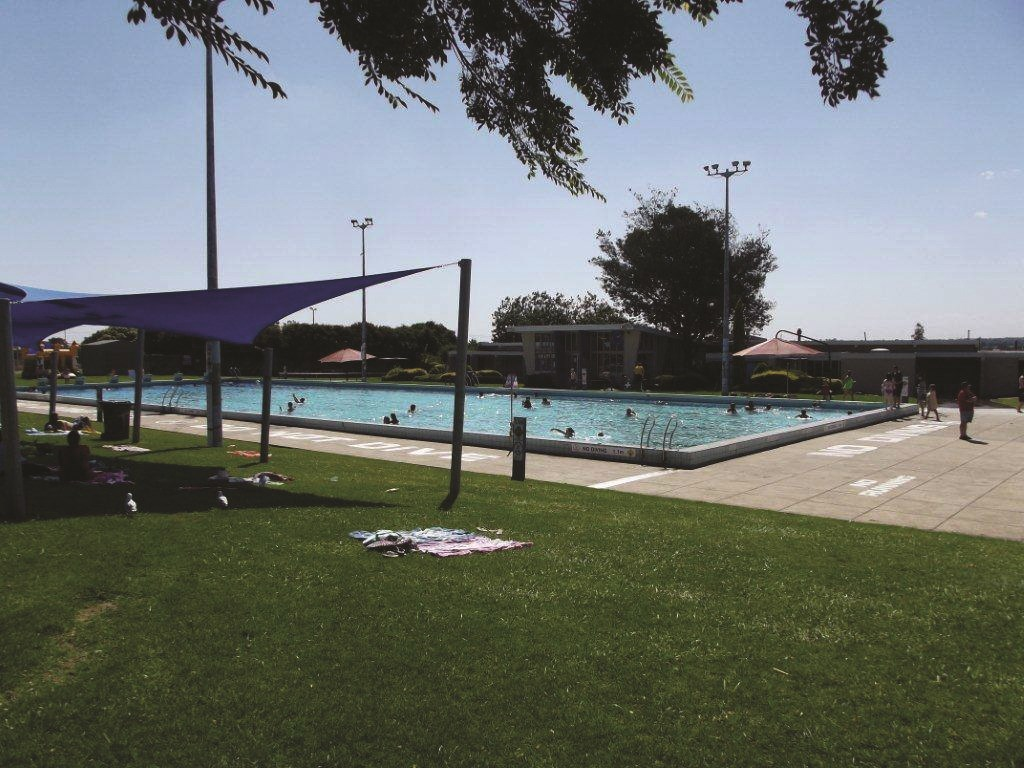 Doveton outdoor pool